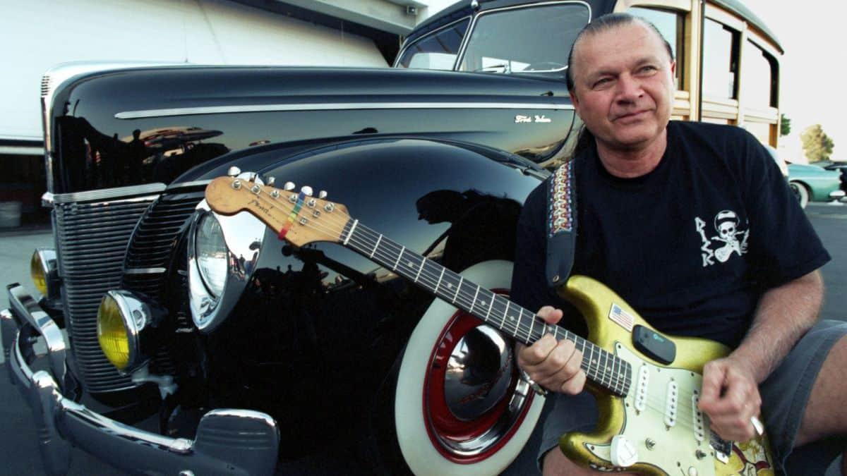 Muere Dick Dale, rey de la guitarra surf.